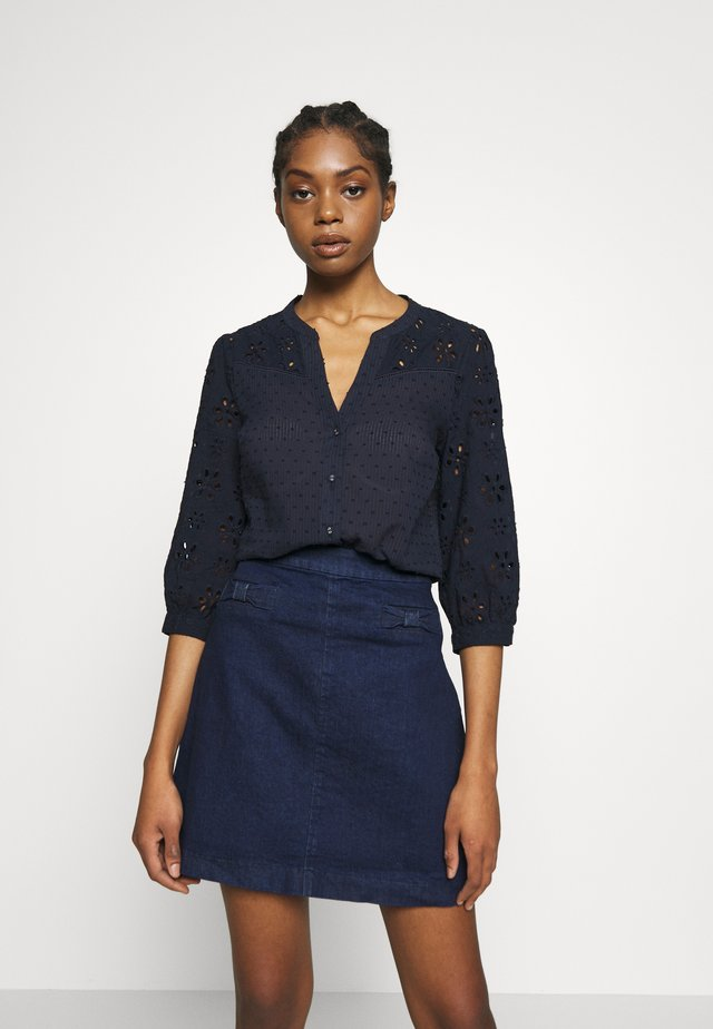 BROIDERIE SLEEVED - Bluzka - navy