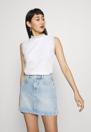 PINTUCK SHELL - Blouse - off white