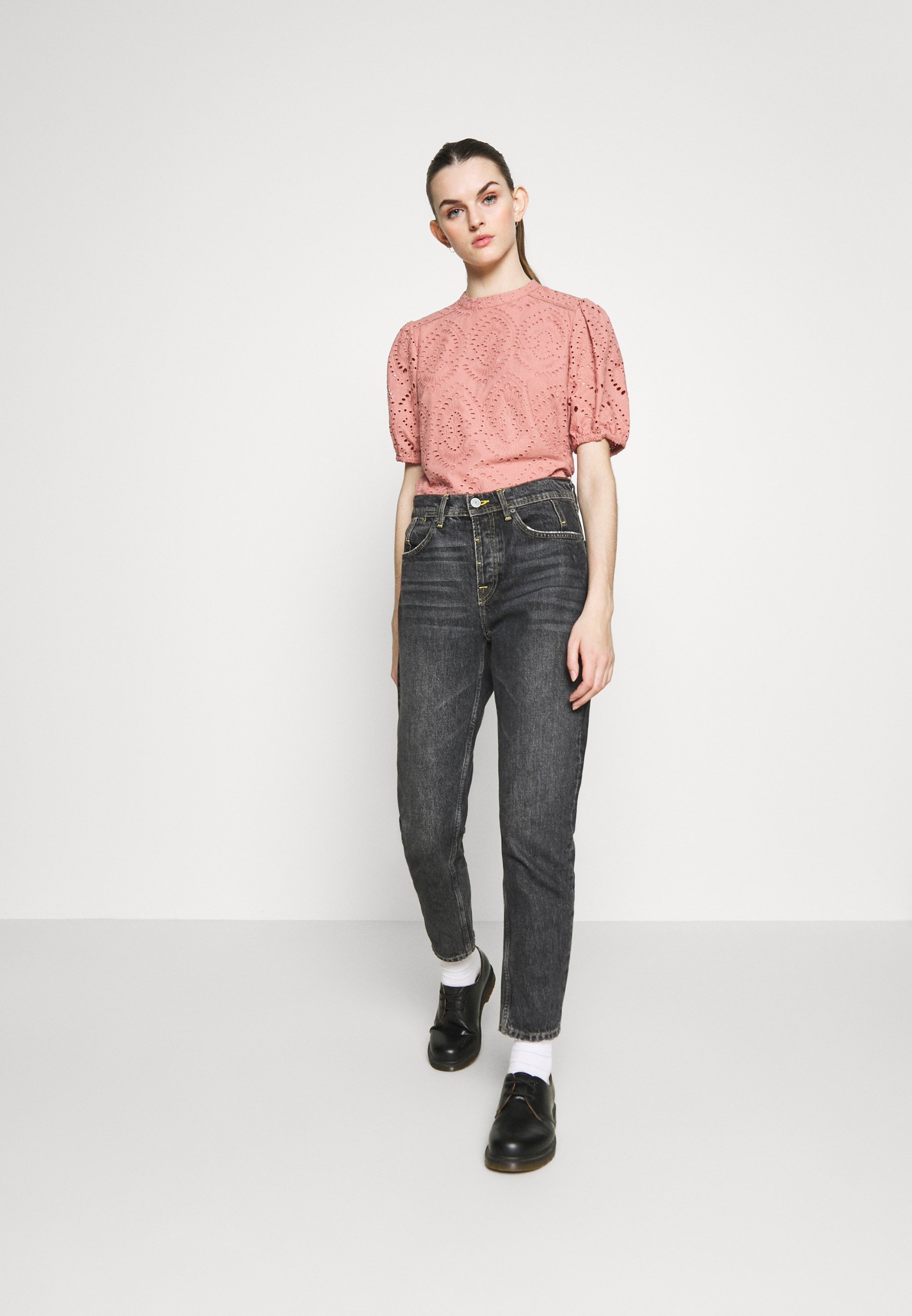 Oasis Broiderie Pintuck Balloon Sleeve - Blouse Mid Pink