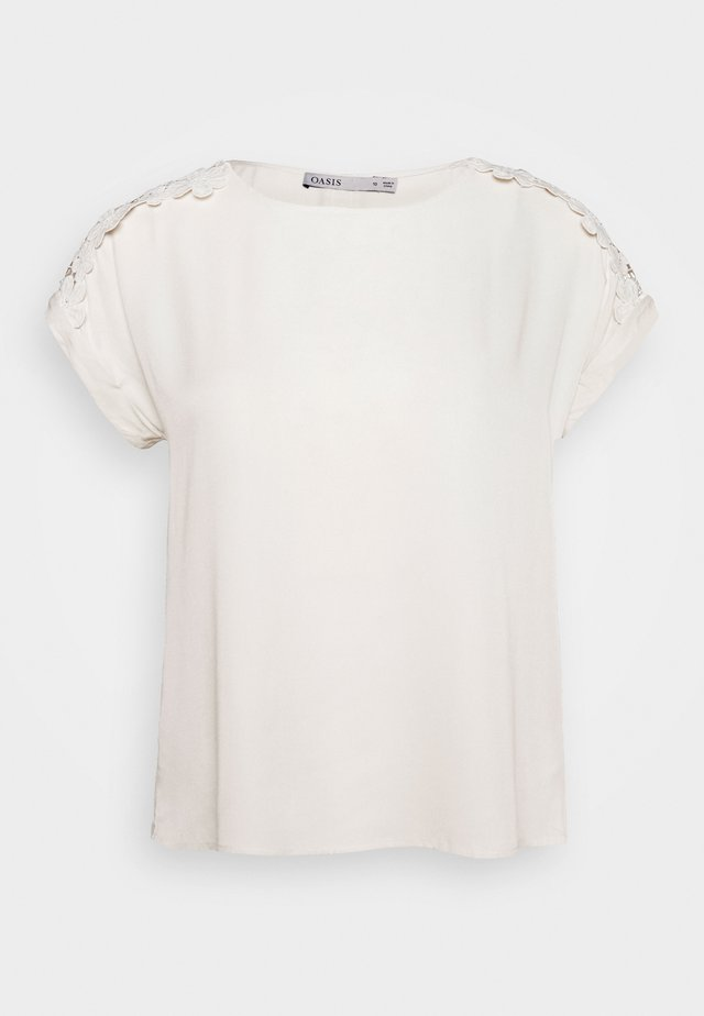 TRIM ROLL SLEEVE - Bluzka - off white