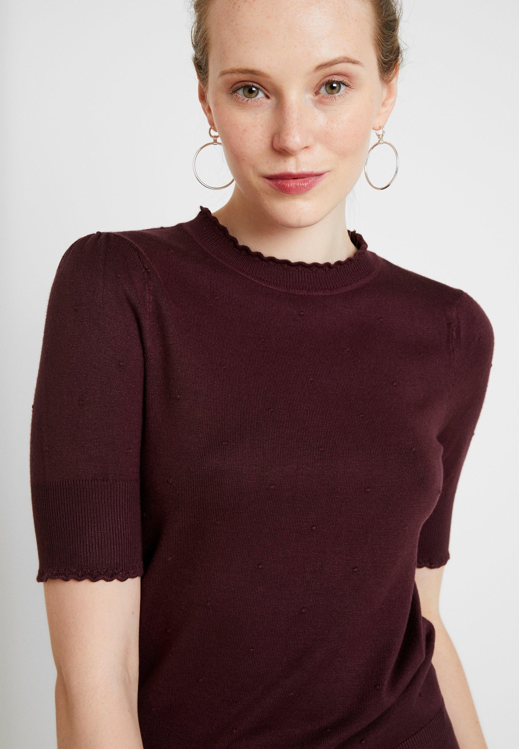 Oasis PIPPA POINTELLE MINI SCALLOP - T-shirt imprimé berry