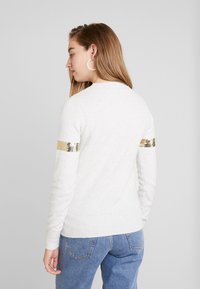 Oasis - BOW SEQUIN XMAS JUMPER - Pullover - pale grey - 2