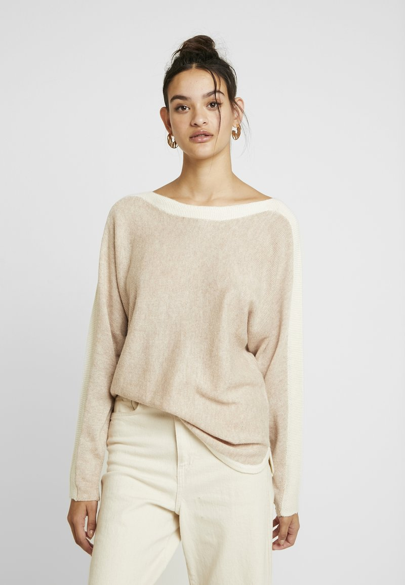 Oasis - ANGELINA BATWING - Strickpullover - light neutral