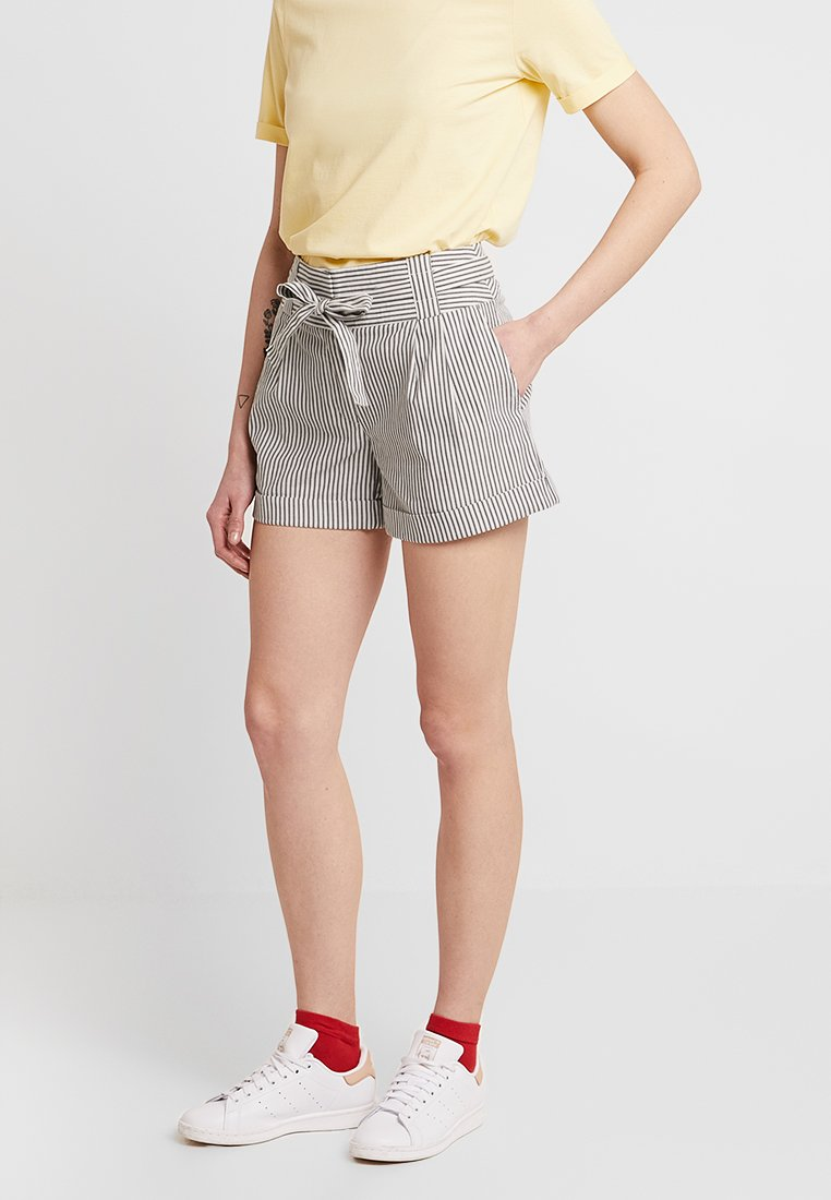 Oasis - CASUAL - Shorts - white
