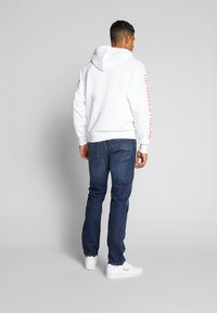 Oakley - THERMONUCLEAR HOODIE - Hoodie - white - 2