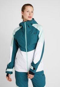 Oakley - THUNDERBOLT SHELL - Giacca da snowboard - balsam - 0