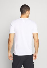 Oakley - BARK - T-Shirt print - white - 2
