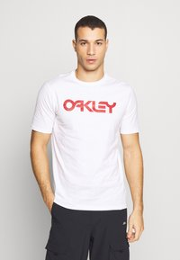 Oakley - MARK II TEE - T-Shirt print - white - 0