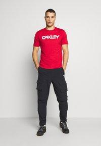 Oakley - MARK II TEE - T-Shirt print - red - 1