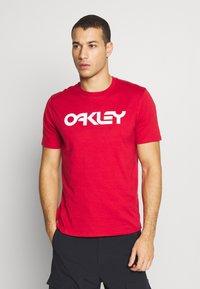 Oakley - MARK II TEE - T-Shirt print - red - 0