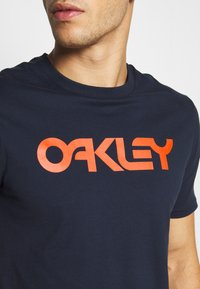 Oakley - MARK II TEE - T-Shirt print - dark blue