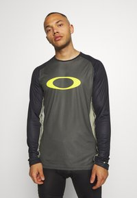 Oakley - TECH TEE - Long sleeved top - dark green - 2