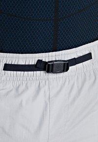 Oakley - TECHNICAL STREET SHORT - kurze Sporthose - stone gray - 6