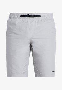 Oakley - TECHNICAL STREET SHORT - kurze Sporthose - stone gray - 5