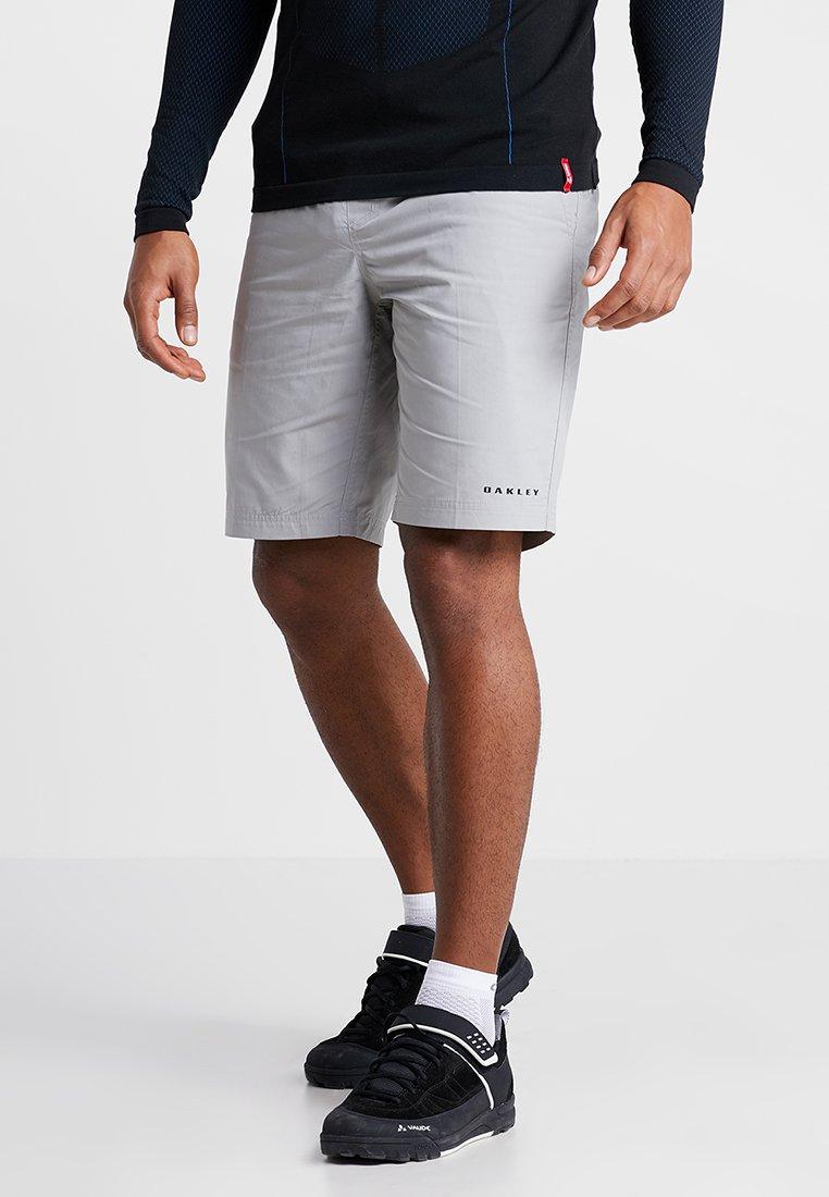 Oakley - TECHNICAL STREET SHORT - kurze Sporthose - stone gray