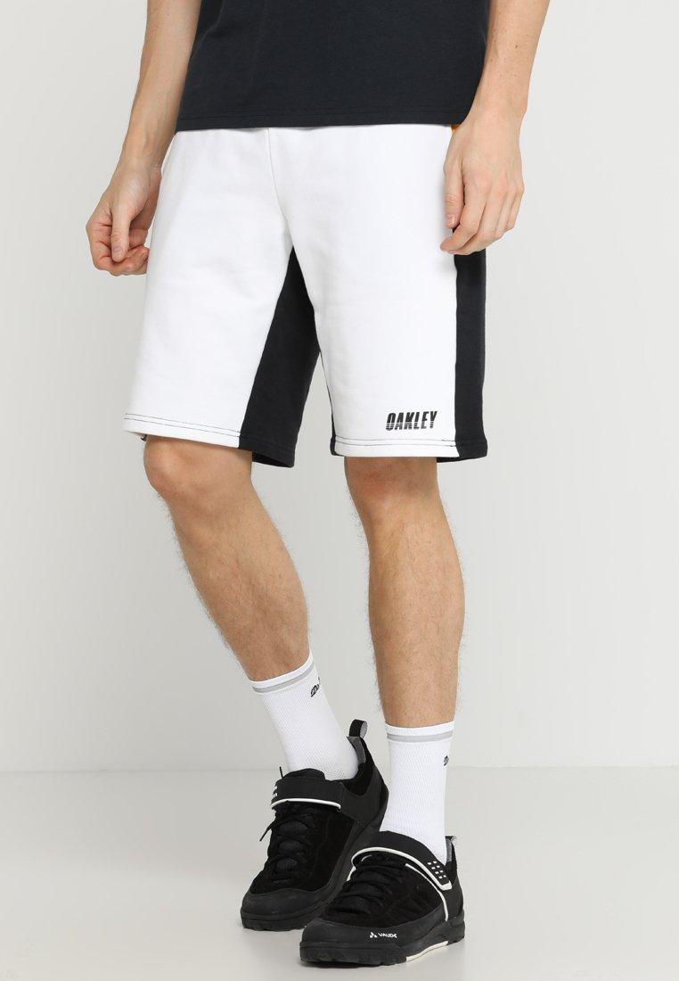 Oakley - RACING TEAM SHORT - Pantalón corto de deporte - blackout