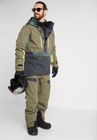 Oakley - REGULATOR INSULA PANT - Snow pants - dark brush - 1