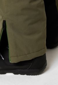 Oakley - REGULATOR INSULA PANT - Schneehose - dark brush - 4