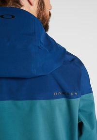 Oakley - TIMBER SHELL JACKET - Laskettelutakki - poseidon - 3