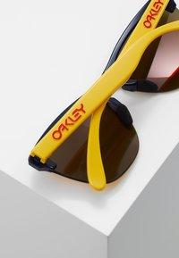 Oakley - FROGSKINS LITE - Sonnenbrille - ruby - 2