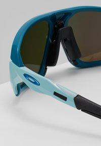 Oakley - FIELD  - Sonnenbrille - prizm sapphire - 4