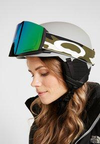 Oakley - FALL LINE XL - Gogle narciarskie - olive - 4
