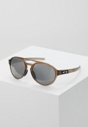 FORAGER - Occhiali da sole - brown