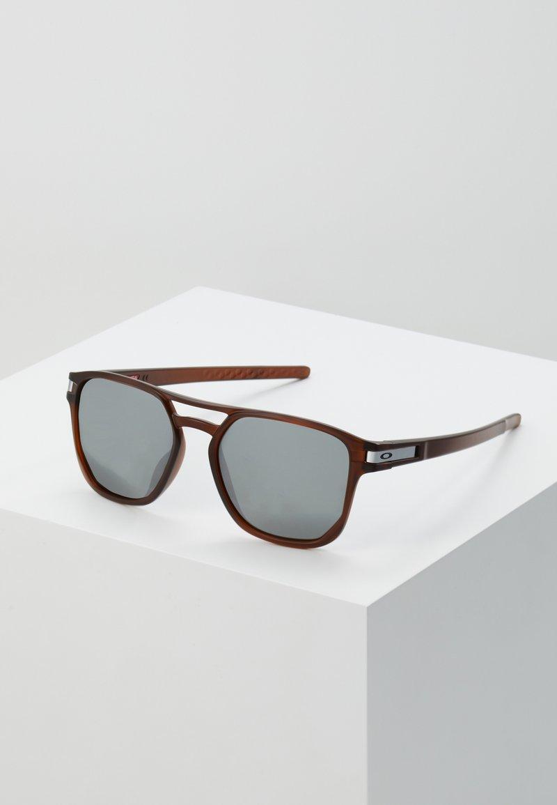 Oakley - LATCH BETA - Sunglasses - dark red