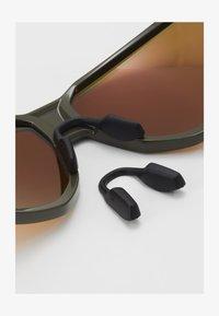 Oakley - PORTAL - Sportbrille - portal moss/prizm ruby - 1
