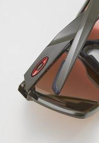 Oakley - PORTAL - Sportbrille - portal moss/prizm ruby - 2