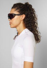 Oakley - FLIGHT JACKET - Sports glasses - steel/jade - 4