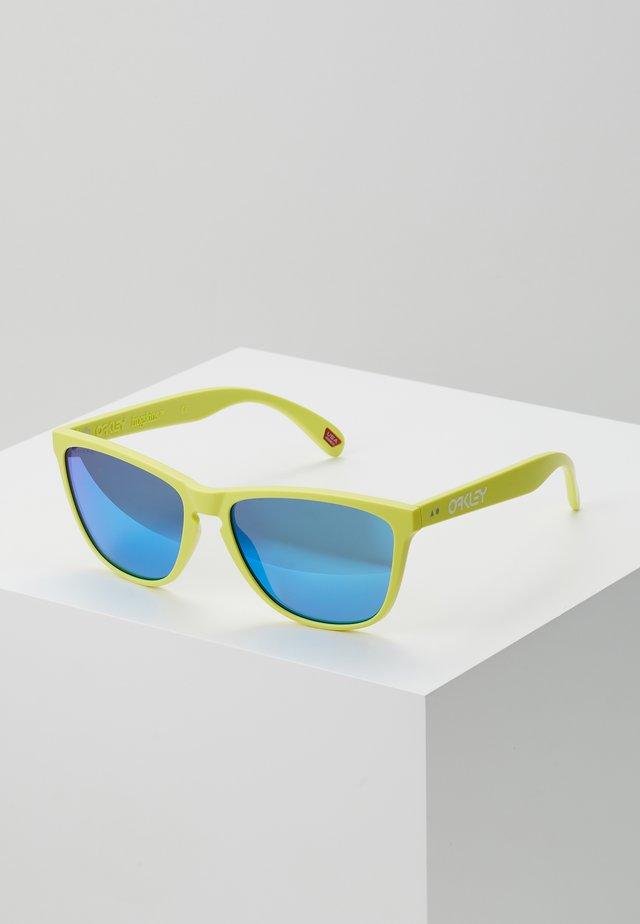 FROGSKINS - Occhiali da sole - matt neon yelolw/prizm sapphier