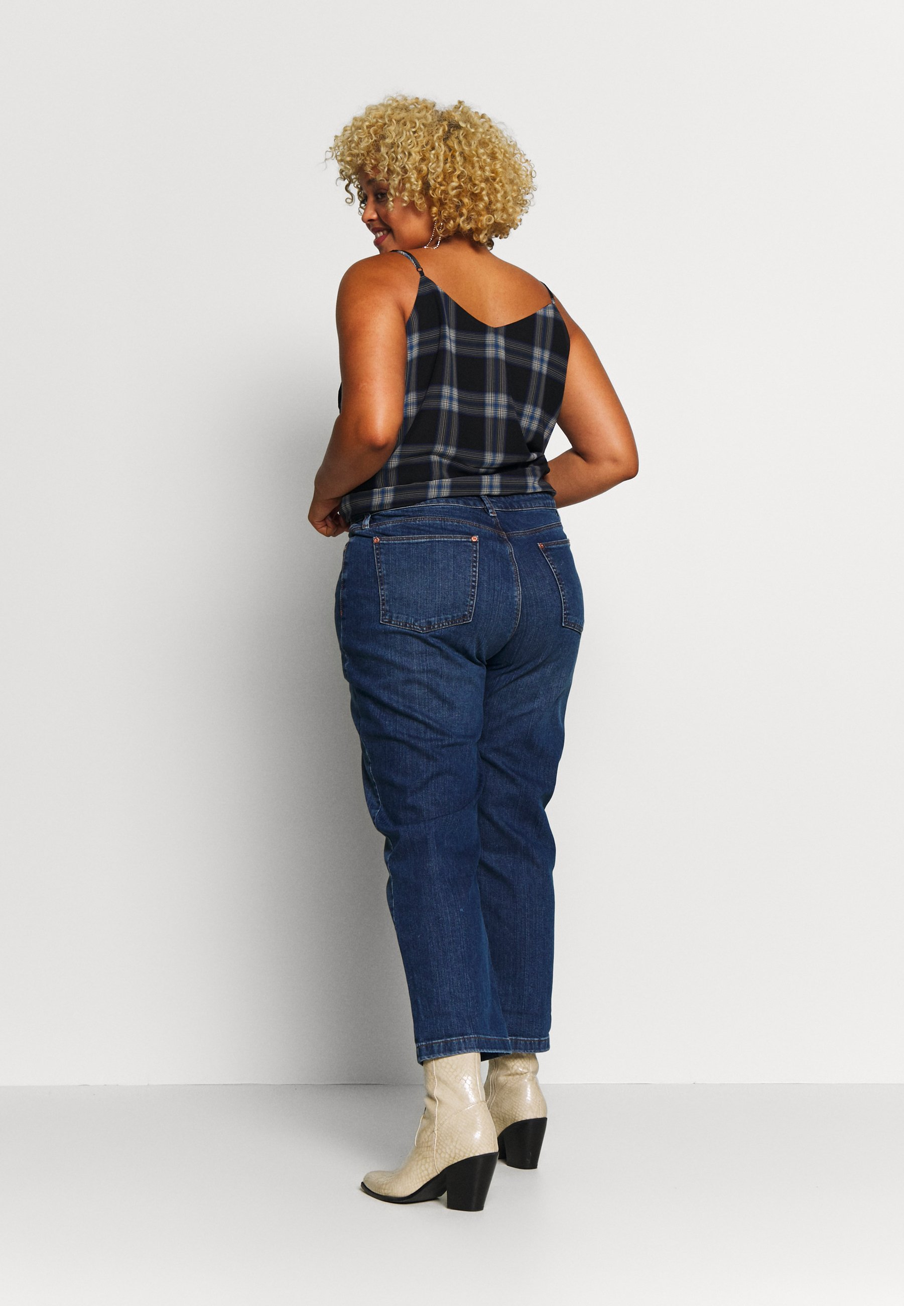 Oasis Curve BOYFRIEND - Jeansy Relaxed Fit - dark wash
