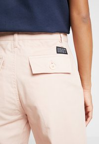 Obey Clothing - NOA PANT - Bukse - nude - 3