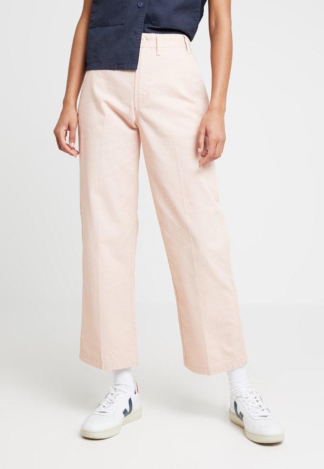 NOA PANT - Pantalones - nude