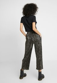 Obey Clothing - ORION PANT - Pantalones - black multi - 2