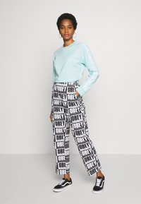 Obey Clothing - SPLASH PANT - Kalhoty - black/white - 1