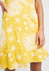 Obey Clothing - ANNETTE SLIP DRESS - Day dress - mustard - 5