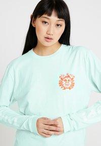 Obey Clothing - TIMES UP - Camiseta de manga larga - dusty pacific blue - 3