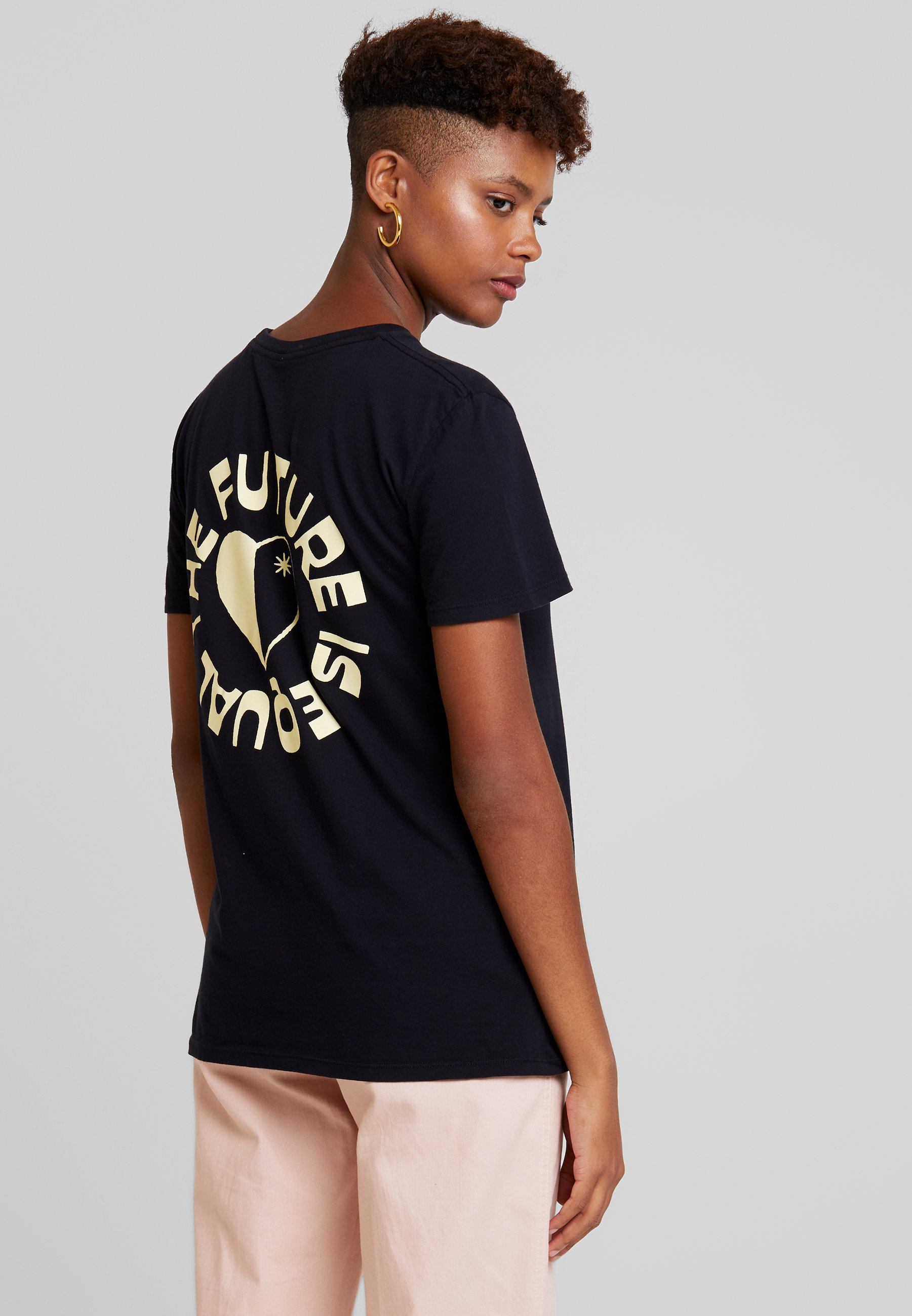 Obey Future Black The Imprimé Is Clothing shirt EqualT 35jRq4AL