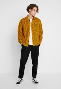 Obey Clothing - LOUNGER WOVEN - Shirt - gold multi - 1