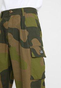 Obey Clothing - FUBAR BIG FITS CARGO - Pantaloni cargo - oversize camo - 5