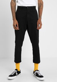 Obey Clothing - STRAGGLER FLOODED PANT - Tygbyxor - black - 0