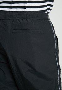 Obey Clothing - OUTLANDER PANT - Pantalon de survêtement - black - 3