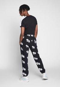 Obey Clothing - Pantaloni sportivi - black - 2