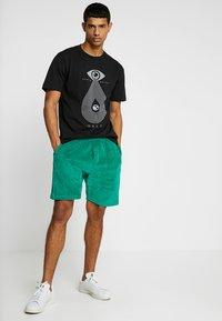 Obey Clothing - JOE - Shorts - growth green - 1