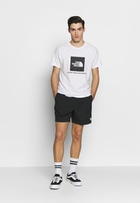 Obey Clothing - EASY RELAXED - Kraťasy - black - 1