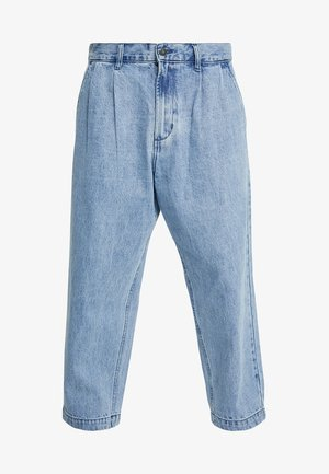 FUBAR PLEATED - Jeans relaxed fit - light indigo
