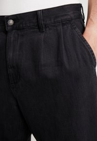 Obey Clothing - FUBAR PLEATED - Relaxed fit jeans - dusty black - 6
