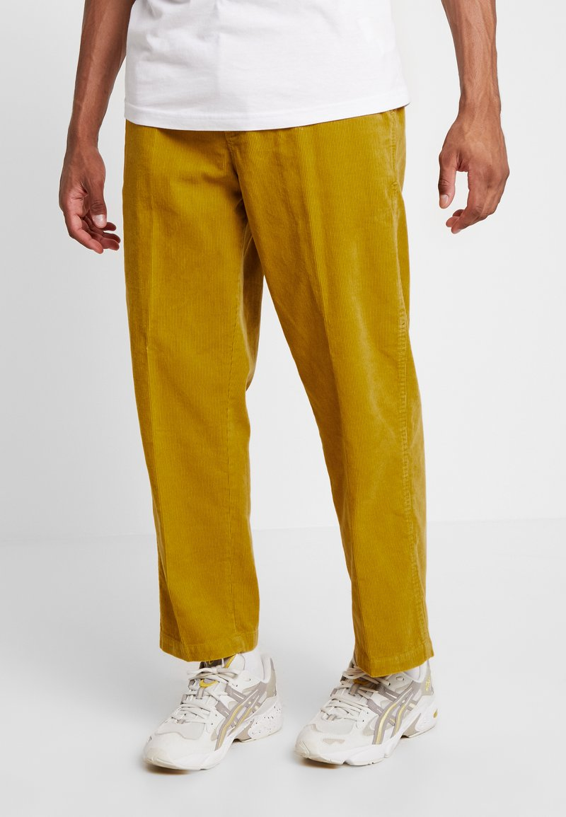 Obey Clothing - HARDWORK CARPENTER PANT - Trousers - golden palm